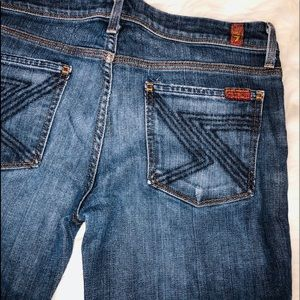 💥NEW LISTING💥7 for all mankind jeans
